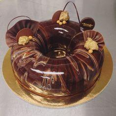 Marbled #mirrorglaze #chocolate ring #entremet