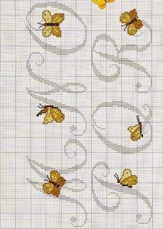Lettere alfabeto con farfalle a punto croce