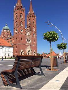 #citysi #arredourbano #streeturban #urbandesign  #bench #bin #bikerack #panchina #cestino #rastrelliera #croazia #dakovo