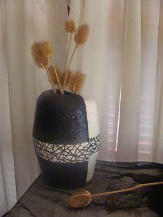 Creando Sueños: Jarrones Decorativos con recipientes descartables de telgopor