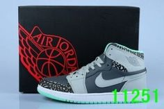 Air Jordan 1 (Leather A.A), cheap Jordan If you want to look Air Jordan 1 (Leather A.A), you can view the Jordan 1 categories, there have many styles of sneaker shoes you can choose here. Air Jordan 3, Jordan Noir, Air Jordan Shoes, Jordan Retro 7, Michael Jordan, Nike Air Max, Basket Pas Cher, Tn Nike