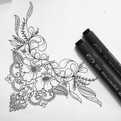 A henna tattoo or also know as temporary tattoos are a hot commodity right now. Somehow, people has considered the fact that henna designs are tattoos. Neue Tattoos, Body Art Tattoos, Tattoo Drawings, Sleeve Tattoos, Cool Tattoos, Arabic Tattoos, Hand Tattoo, Tatoo Henna, Sternum Tattoo