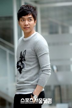 Everything Lee Seung Gi | This is solely dedicated to the best all-around entertainer, the one and only, Lee Seung Gi.