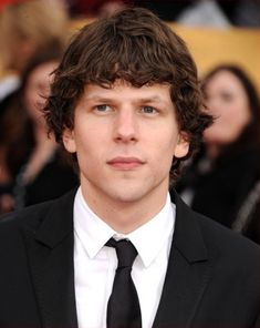 men's short to medium haircuts | Jesse Eisenberg, 29, at the Screen Actors Guild Awards. Jesse's hair ...