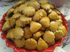 mézes Hungarian Desserts, Hungarian Cake, Cookie Recipes, Snack Recipes, Snacks, Edible Flowers, No Bake Desserts, Christmas Cookies, Cauliflower