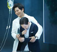 Joo Won and Nurse Hwang - Yong Pal