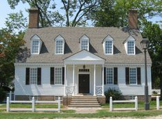 The Dr. Barraud House + Williamsburg, VA