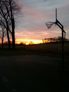 @squeak65: Here is a beautiful sunrise in Sheakleyville, PA, with the fall corn.