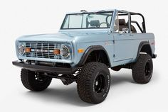 Every vintage 4x4 has a special place in our hearts, but this '71 by Ohio's Classic Ford Broncos is ticking all the right boxes.