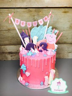 Peppa Pig Drip Cake