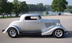 1933 Ford 3 Window Coupe Silver Bullet