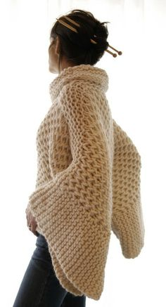 Cable knit sweater. looks so comfy