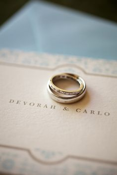 love the wedding ring