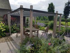 Beplantingsplan voor je kleurrijke tuin of moderne pergola.
