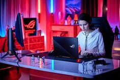 ASUS Republic of Gamers začína predávať herný notebook Zephyrus