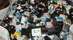 12 Ink Cartridge Recycling Facts Have you ever walked into a computer store to buy some ink cartridges for your printer and seen empty ink cartridge disposal sites? Recycling Facts, Recycling Information, Ink Cartridge Recycling, Ink Cartridges, Our Planet, Empty, Printer, Photo Wall, Store