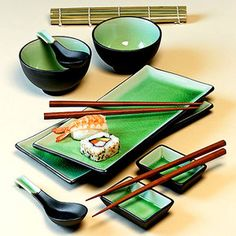 11 Piece Green Japanese Dinnerware Set w/ Sushi Mat Green on Wanelo Japan Sushi, Sake Sushi, Korean Kitchen, Japanese Kitchen, Sushi Set, Sushi Restaurants, Sushi Comida, Japanese Plates, Mugs