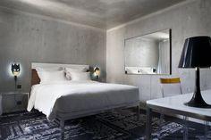 Insolite : l'hôtel de Philippe Starck - Une chambre de l'hôtel Mama Shelter - Le designer Philippe Starck a dessiné le nouvel hôtel insolite de Paris, le Mama Shelter. Visitez l'hôtel Mama Shelter en photos et en exclusivité !