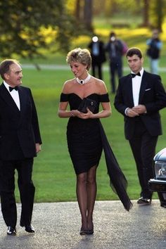 "Princess Diana in THE most fantastic ""little black dress"" !!"
