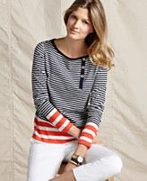 comfy top w/ white pants- perfect vacation attire