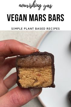 Vegan Mars Bars | Nourishing Yas - Simple Plant based Recipes  #veganrecipes #veganfood #vegandesserts #veganchocolate #veganmarsbars #marsbars #marsbarrecipes #homemadechocolate #chocolaterecipes #nobakerecipes #glutenfreedesserts