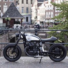 Nifty Honda GL500 from the @wrench_kings in Utrecht. Great lines! Found via @classiclifecycles.  #croig #caferacersofinstagram