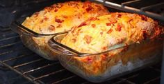 Pain au bacon et cheddar Bread Machine Recipes, Bread Recipes, Cooking Recipes, Cheddar Bread Recipe, Lard Bread Recipe, Recipes With Yeast, Savoury Biscuits, Cheese Stuffed Peppers, Baked Cheese