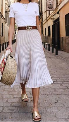 Comfort Going Out Dresses For Ladies – Trendy Fashion Ideas Mode Outfits, Casual Outfits, Fashion Outfits, Womens Fashion, Trendy Fashion, Fashion Ideas, Preppy Dresses, Street Mode, Street Style