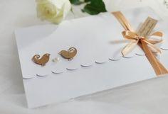 Convite Love Birds - rústico, kraft, casamento, passarinho, romântico, pérola, barato, econômico, shabby chic, rustic, invitation, wedding, fita, chá, pássaro, moderno