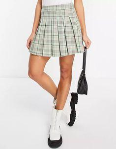 Stradivarius pleated tennis mini skirt in green check | ASOS Plaid Skirts, Mini Skirts, Tartan Plaid, Tennis, Latest Trends, Asos, Must Haves, Green, Shopping