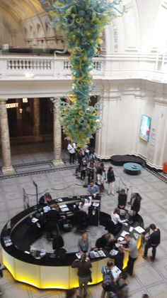 Information desk and till point (V&A) - simple yet great design