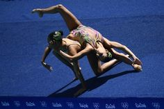 19 Photos That Show How Fucking Terrifying Synchronized Swimming Actually Is ... ~♥~ ... GET OUT OF THE WATER.                  From outside of the pool, synchronized swimming seems fairly normal… I guess.  Christophe Simon / AFP / Getty Images                      Inside the pool, it's a whole heck of a lot more different.  Christophe Simon / AFP / Getty Images        ... ..  - #Sport ... ~♥~ SEE More :└▶ └▶ http://www.pouted.com/trends/popular-trend