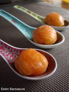 Bolas de queso y salmón