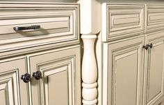 How To Paint Cabinets White | Distressed Kitchen Cabinets - Get that Antique Look
