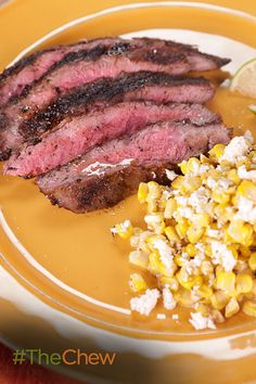Create that delicious Mexican street corn at home & serve it up with a perfectly seared skirt steak! Click for the full Chili-Lime Mexican Corn and Flank Steak recipe.