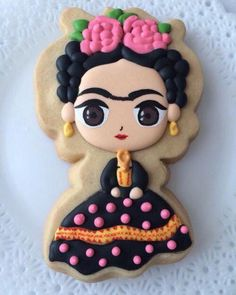 Frida Kahlo cut out cookie, hand decorated sugar cookie, royal icing Iced Cookies, Cute Cookies, Royal Icing Cookies, Cupcake Cookies, Sugar Cookies, Cookies Et Biscuits, Cookie Time, Cookie Designs, Cookie Decorating