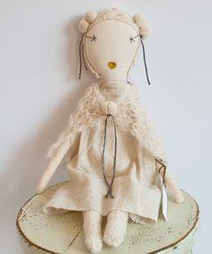 shopminikin - Jess Brown Rag Doll, Limited Edition Snowflake (http://www.shopminikin.com/jess-brown-rag-doll-limited-edition-snowflake-1/)