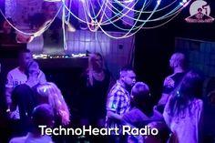 TechnoHeart party the best www.technohearth.com/?utm_content=buffer50b82&utm_medium=social&utm_source=pinterest.com&utm_campaign=buffer #techno #radio #onlineradio #technoradio #technoheart #heart