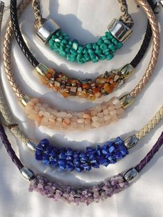 Jewelry Making Tutorials Necklace made by wrapping gemstone chips around a thick braided leather Leather Jewelry, Wire Jewelry, Jewelry Crafts, Gemstone Jewelry, Beaded Jewelry, Handmade Jewelry, Jewelry Necklaces, Beaded Bracelets, Jewelry Ideas