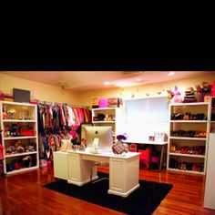Pretty positive this is what we would call the wo-man cave :D I want! Lol