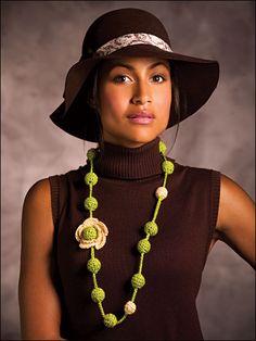 Ravelry: Buds & Blossoms Necklace pattern by Raynelda Calderon Crochet Necklace Pattern, Crochet Jewelry Patterns, Crochet Bracelet, Crochet Accessories, Crochet Jewellery, Fabric Jewelry, Beaded Jewelry, Beaded Necklace, Necklaces
