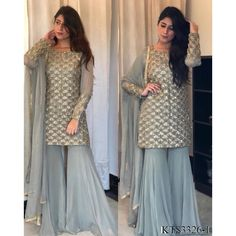 Indian Dresses For Women, Indian Fashion Dresses, Dress Indian Style, Stylish Dress Designs, Designs For Dresses, Stylish Dresses, Indian Wedding Outfits, Pakistani Outfits, Indian Outfits