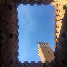 """""""Mi piace"""": 0, commenti: 1 - Ciocco Atelier (@cioccoatelier) su Instagram: """"Dal mio punto di vista... #siena #toscana #cioccoèinitalia #minhavidaitaliana #inspiração…"""""""