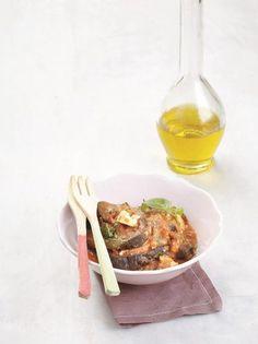 Μελιτζάνες με φέτα στην κατσαρόλα - www.olivemagazine.gr Greek Recipes, Japchae, Vegan, Vegetables, Ethnic Recipes, Food, Recipes, Essen, Eten