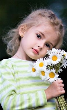 18 ideas beautiful children photography around the worlds Beautiful Little Girls, Cute Little Girls, Beautiful Children, Beautiful Babies, Little Girl Photography, Cute Kids Photography, Cute Baby Girl Pictures, Baby Photos, Baby Kind
