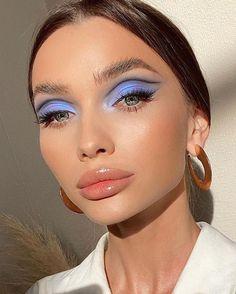 Gold Makeup Looks, Pretty Makeup Looks, Creative Makeup Looks, Simple Makeup, Makeup Goals, Makeup Inspo, Makeup Art, Makeup Inspiration, Beauty Makeup