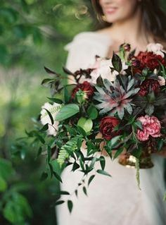 This fall wedding bouquet... We're in love!