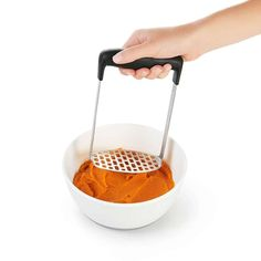 The OXO Good Grips Smooth Potato Masher features a fine-grid, stainless steel plate and a broad horizontal handle for lump-free potatoes. Cake Ingredients, Homemade Tacos, Homemade Taco Seasoning, Fish Recipes, Whole Food Recipes, Copper Cooking Pan, Oven Tacos, Buckwheat Noodles