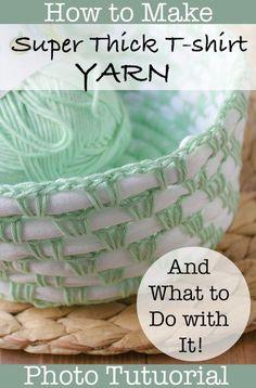 Thick T-shirt Yarn: Photo Tutorial - Winding Road Crochet Crochet Gifts, Crochet Yarn, Knitting Yarn, Knitting Patterns, Crochet Patterns, Crochet Ideas, Finger Knitting, Scarf Patterns, Knitting Tutorials