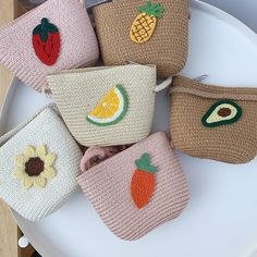 Crochet Wallet, Crochet Pouch, Crochet Art, Crochet Bunny, Cute Crochet, Crochet Crafts, Crochet Projects, Crochet Handbags, Crochet Purses